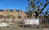 Tillfälliga staket vid Clemenstorget i Lund (larseriksfoto) Tags: staket fs180225 fotosondag lund clemenstorget skåne tz70 dmctz70 dmczs50 huskultur kulturhus himmel sky