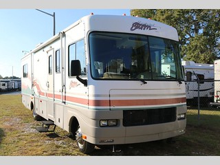 1999 Fleetwood Southwind Storm 32Y