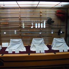 R0067085 (昭和のかず) Tags: 牡蠣 食べ放題 松山城 ケーブルカー 梅 天守閣 階段 伊予柑ソフト 兜 鎧 刀 正岡子規 石碑 博物館