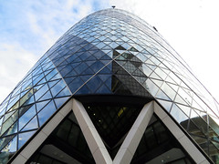The Gherkin, London, England (duaneschermerhorn) Tags: architecture building skyscraper structure highrise architect modern contemporary modernarchitecture contemporaryarchitecture reflection reflective reflectivebuilding glass windows glassclad mirror distortion