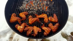 Chicken Wings Ready To Be Sauced (rabidscottsman) Tags: scotthendersonphotography wings chickenwings applewoodsmoked food foodporn foodblog foodphotography chicken meat poultry grill smoked weber webergrill sunday weekend goldenbrown fire heat coals glowing mn minnesota lakevilleminnesota snow outdoors kettlegrill ash grate meal dinner nflfood samsung samsunggalaxys6 cellphonephotography socialmedia usa unitedstatesofamerica darkmeat