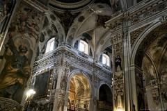 Iglesia de Santa María Magdalena (Luis DLF) Tags: iglesia maria magdalena luz chuch color santos canon sevilla andalucia spain