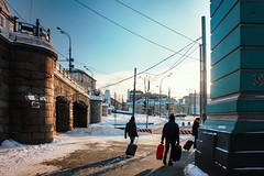 way back home (elegnana) Tags: rusia russia cold russian street light winter canon