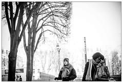 DSCF5051.jpg (srethore) Tags: street bw candid people noiretblanc photoderue meike 35mm