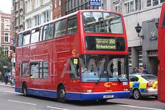 DSC01264-180809 (andrewcolebourne) Tags: london londonbus transportforlondon bishopsgate cityoflondon police ctplus htp1 ln51kxp route388 metroline tpl237 dennis trident plaxton president
