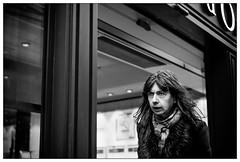 DSCF5616.jpg (srethore) Tags: street bw candid people noiretblanc photoderue meike 35mm