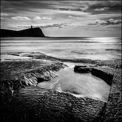 Kimmeridge 2 (The 1 Big Cheese) Tags: kimmeridge bay clavell tower jurassiccoast sea sky clouds rocks leefilters polariser 09softgradnd canonef24105mmf4lisusm canoneos5dmarkiii bigstopper