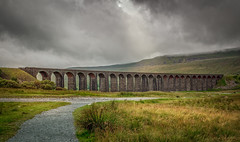 Ribblehead Viaduct revisited (urfnick) Tags: canoneos1300d bridge moors dales nationalpark yorkshire cloudy moody sunlight sundaylights