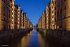 Kehrwiederfleet - 07011804 (Klaus Kehrls) Tags: hamburg speicherstadt speicher fleete architektur blauestunde nachtaufnahme