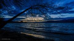 Fin de journée d'hiver sur le lac de Neuchâtel (Switzerland) (christian.rey) Tags: estavayerlelac fribourg suisse ch sunset coucherdesoleil lac neuchâtel lacdeneuchâtel neuenburgersee swiss lake see schweiz switzerland broye sony alpha a7r2 a7rii 1635 paysage landscape