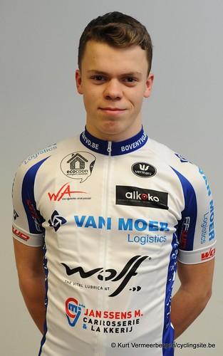 Van Moer (103)