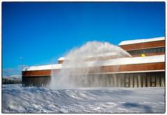 Snøfresing på taket (Krogen) Tags: norge norway norwegen akershus romerike nannestad winter vinter krogen fujifilmx100