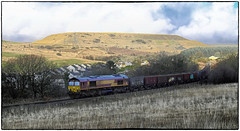 Seven Sisters Coal Train (Welsh Gold) Tags: 66103 6o10 onllwyn swansea burrows mea box wagons empties seven sisters dulais valley southwales coal