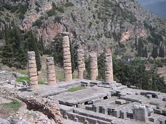 Temple d'Apollon (archipicture71) Tags: temple apollon delphes grece site archéologique δελφοί mont parnasse orcale pythie delfí delphi delfos colonnes doriques