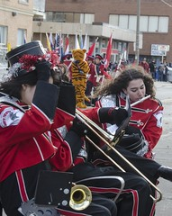Windy and Cold - DSC_7054_ep (Eric.Parker) Tags: santaclausparade santa claus parade toronto 2017 marching band uniform school costume instrument music drums november bloor christie military float disney sousaphone musicalinstrument bell christmas