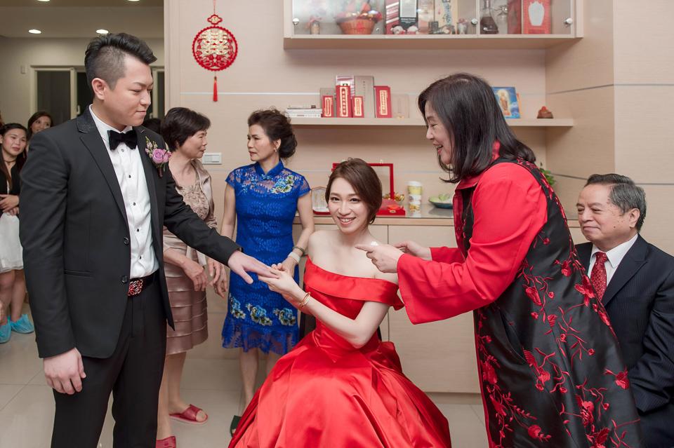 婚攝 高雄林皇宮 婚宴 時尚氣質新娘現身 S & R 023