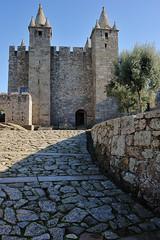 Castelo de Santa María da Feira (TerePedro) Tags: santamaríadafeira aveiro portugal castillo château castle castelo schloss