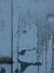 Lady Rorschach (mkorsakov) Tags: dortmund nordstadt nordmarkt tor door rorschach foundface grau grey