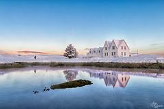 Iceland, la isla de hielo (Urugallu) Tags: iceland islandia isla hielo nieve agua reflejos sol luz cielo amanecer arbol casas joserodriguez urugallu canon 70d flickr
