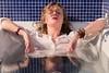 IMG_1276 (aochlesia13) Tags: wet humide femme bain canon sigma eos80d sensuelle sensual décalé prettywoman bathroom salledebain charme baignoire reflets
