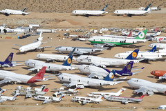 Lufthansa Boeing 747-400; D-ABTD@MHV;29.01.2018 (Aero Icarus) Tags: mojave mhv plane avion aircraft flugzeug planeboneyard