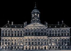 Royal Palace Amsterdam (Hameed S) Tags: amsterdam damsquare nightphotography travel tourism tourist night holland netherlands cityscape canonef24105mmf4lisusm canon canoneos5dmarkiii architecture urban urbanenvironment europe palace royalpalace historic hameeds dutch