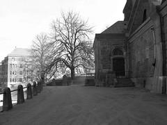 Vasa kyrka (church), Göteborg, 2011 (biketommy999) Tags: göteborg 2011 biketommy biketommy999 sverige sweden svartvitt blackandwhite kyrka church