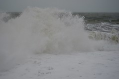 Chesil Beach (Williams5603) Tags: seaspray winter sea breakers beach storm wave jurassiccoast chesil dorset