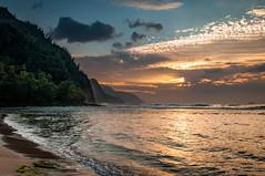 20140201-_DSC5363 (bfluegie) Tags: hawaii kauai keebeach beach ocean sunset water d90 nikond90