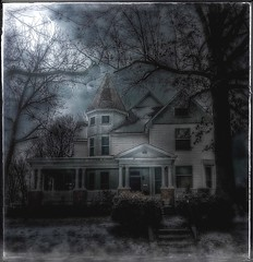 Dark house... (Sherrianne100) Tags: winter moody creepy somber oldhouse darkness