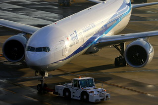 ANA All Nippon Airways 全日空 Boeing 777-381(ER) JA790A