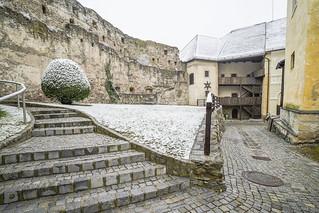 Castle Gloggnitz courtyard