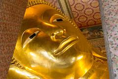 Templo WHAT PHO de BANGKOK (castillerozaldívar) Tags: seleccionar manuelzaldivar castillerozaldivar templo templowhatpho whatpho tailandia oro gold estatua buda budareclinado bangkok budayacente tailand budismo