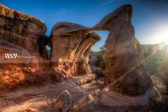 DevilsGarden_Arch-sunburst-L01 (Wizum) Tags: 2018 devilsgarden escalante grandstaircase hdr holeintherockroad photomatix southernutah utah arch desert hike hiking landscape nature sunset