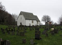 mosterhamn, norway (helena.e) Tags: helenae norge norway mosterhamn bömlo church kyrka gravsten