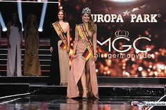 miss_germany_finale18_2111 (bayernwelle) Tags: miss germany wahl 2018 finale 24 februar europapark arena event rust misswahl mister mgc corporation schönheit beauty bayernwelle foto fotos christian hellwig flickr schärpe titel krone jury werner mang wolfgang bosbach soraya kohlmann ines max ralf klemmer anahita rehbein sarah zahn rebecca mir riccardo simonetti viola kraus alena kreml elena kamperi giuliana farfalla jennifer giugliano francek frisöre mandy grace capristo famous face academy mode fashion catwalk red carpet