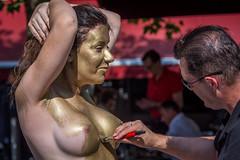 Une femme en or (phil1496) Tags: femme or gold bodypainting portrait