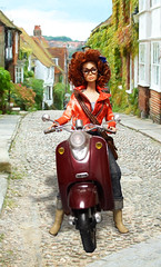 YAMAHA (RockWan FR) Tags: poppyparker yamaha scooter fashionroyalty afrohair integritytoys fashiondoll