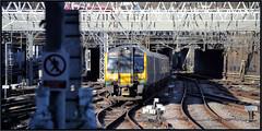 350243 EUS 190118 (R~P~M) Tags: train railway electric desiro emu multipleunit 350 londonnorthwesternrailway wmtrains euston london england uk unitedkingdom greatbritain
