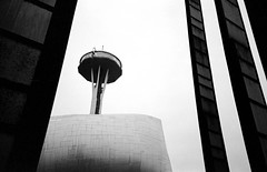 MoPop and the Space Needle (Rick Brandt) Tags: olympusxa washington mopop d76 film olympusxa2 spaceneedle blackandwhite seattle trix unitedstates us musuemofpopculture