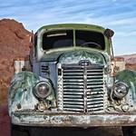 Green Truck in Desert 5575 B thumbnail