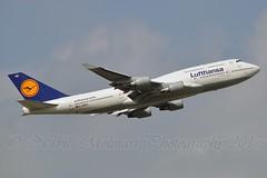"""Bayern"" Lufthansa D-ABVU Boeing 747-430 cn/29492-1191 @ EDDF / FRA 02-04-2017 (Nabil Molinari Photography) Tags: bayern lufthansa dabvu boeing 747430 cn294921191 eddf fra 02042017"