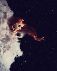 La veuve Blanche (Zorha Nightwood) Tags: custom fullcusto doll pullip groove jun planning obitsu photoshop photo astre nuage lavolière blythe montage olympus