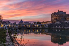 Sunset - Rome (Bouhsina Photography) Tags: tibre coucher soelil pont saint angelo rivière eau italie bouhsina bouhsinaphotography ciel nuage orange canon photography rome quai