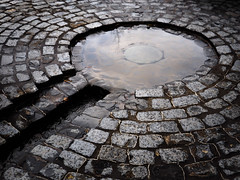 Round Brick Fountain (Orbmiser) Tags: mzuikoed1240mmf28pro 43rds em1 mirrorless olympus ore portland m43rds fountian water stone cobblestones tannersprings