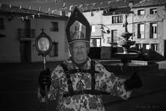 El decano (Luis R.C.) Tags: retrato bn pueblos viajes nikon d610 fiestas