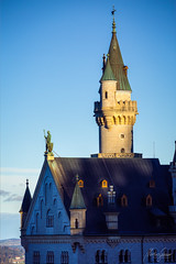"Knight of sunrise ""not abandoned"" (MGness / urbexery.com) Tags: newswan neuschwanstein reyloco castillo kasteel kastel schloss rey loco ludwig könig king bavaria schwangau bayern burg mountains snow schnee snowball blizzard alps ritter knight sunrise"