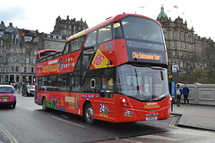 Lothian Buses City Sightseeing 221 SJ16CSF (Will Swain) Tags: edinburgh 25th november 2017 bus buses transport travel uk britain vehicle vehicles county country scotland scottish north northern central city centre lothian sightseeing 221 sj16csf
