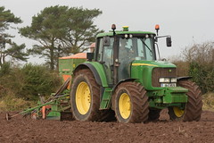 John Deere 6620 Tractor with an Amazone AD-P 303 Special Seed Drill & Power Harrow (Shane Casey CK25) Tags: john deere 6620 tractor amazone adp 303 special seed drill power harrow traktori traktor trekker tracteur trator ciągnik jd green watergrasshill sow sowing set setting drilling tillage till tilling plant planting crop crops cereal cereals county cork ireland irish farm farmer farming agri agriculture contractor field ground soil dirt earth dust work working horse horsepower hp pull pulling machine machinery grow growing nikon d7200