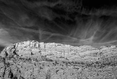 Cliff (iatassi) Tags: iatassiphotography iatassi blackandwhitephotography blackandwhite artwilderness cliff southwest arizona sedona